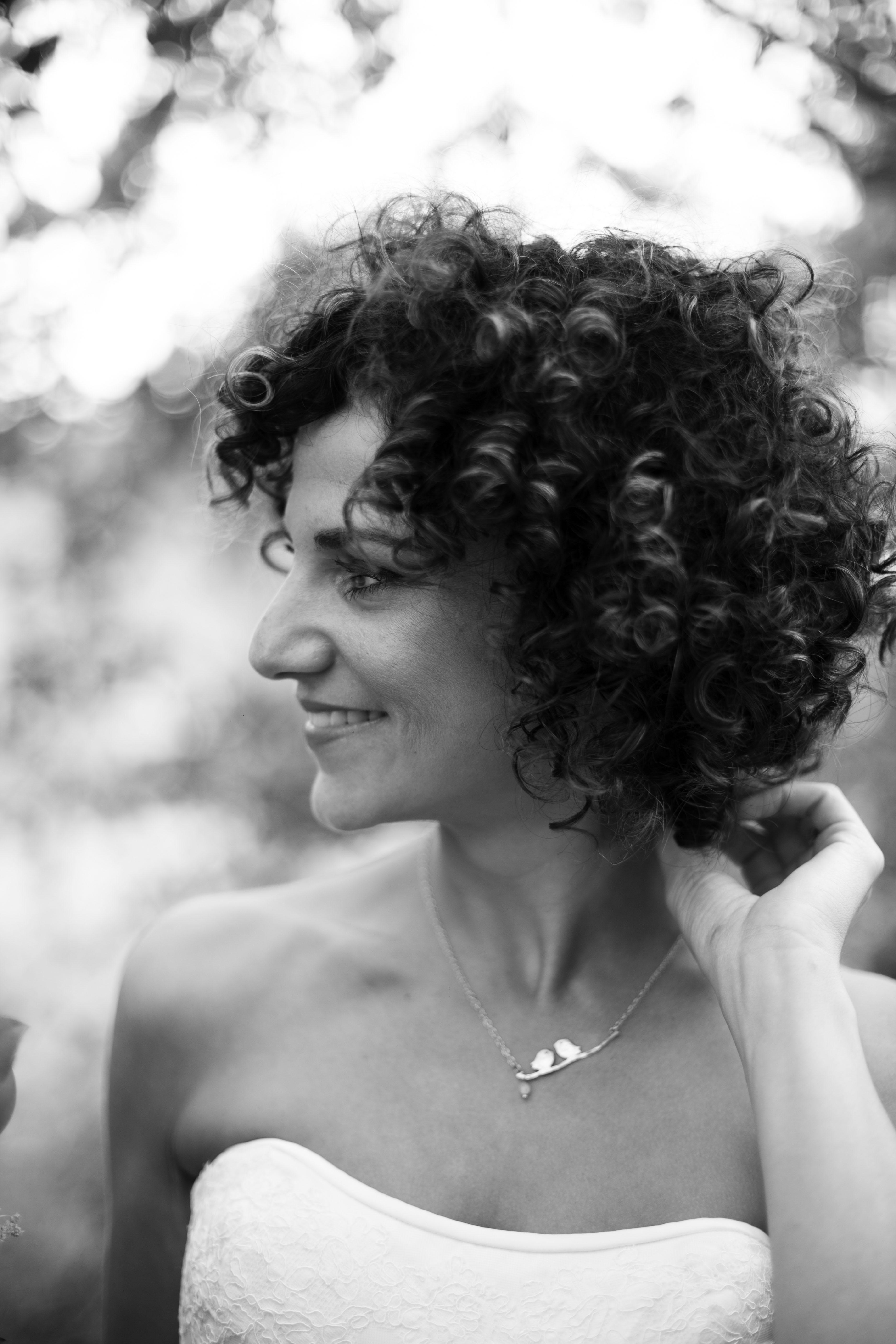 foto yivat en profil zwart wit