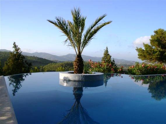 Ibiza yoga vakantie uitzicht
