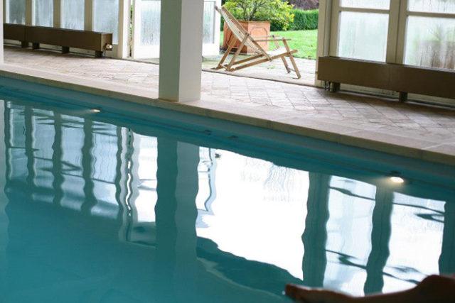 Yoga weekend zwembad