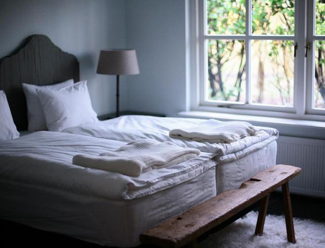 Yoga weekend Nederland slaapkamer